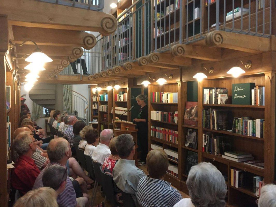 Tatjana Kruse –die erste Autorenlesung in der Bibliothek Frau Holle