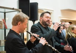"""Gonzo & Friends"" live in der Bibliothek Frau Holle"